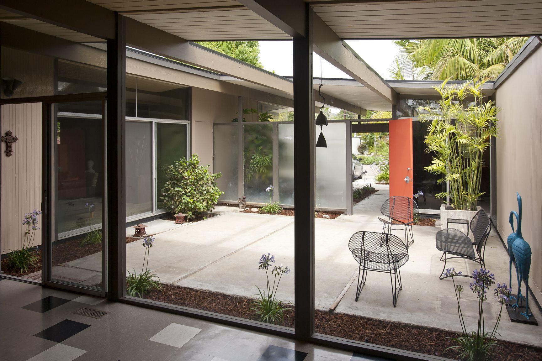 880 S. WOODLAND ST | Eichler homes, Modern courtyard ...