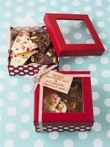 Chocolate Bark Packaging Ideas Bing Images Chocolate Bark Chocolate Bark Gift White Chocolate Peppermint Bark