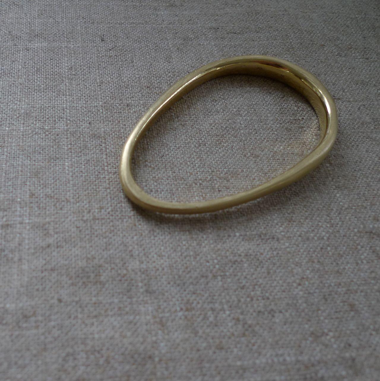 organic oval bracelet, 18k green gold
