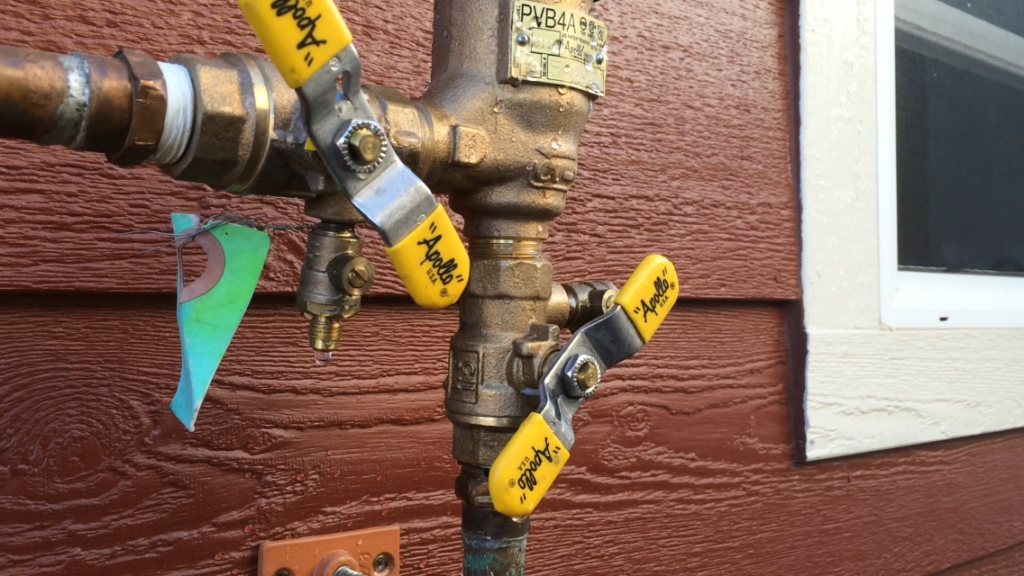 How To Quick Drain Your Sprinkler System Sprinkler System Sprinkler Drain