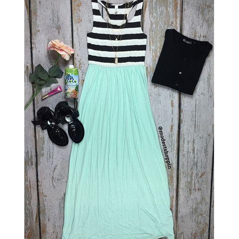 Upper Stripe Maxi Dress |
