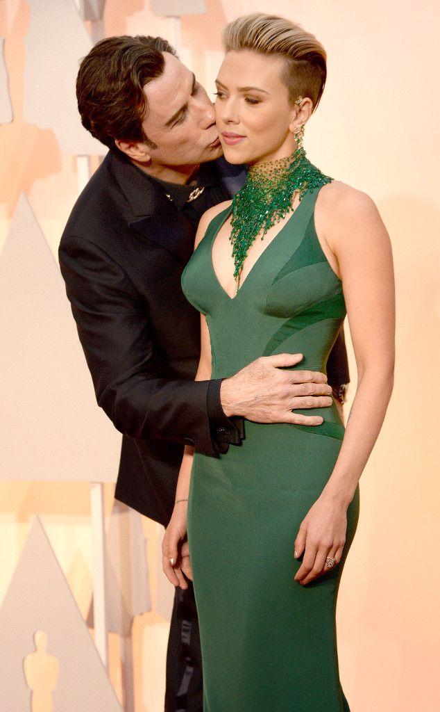 Scarjo Gives John Travolta Side Eye John Travolta Scarlett Johansson Celebrity Photos