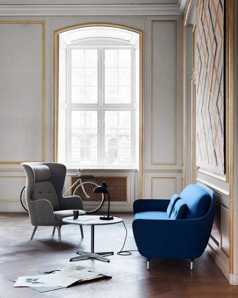 loving that blue retro style sofa - favn by jamie hayon for fritz - wohnzimmer retro style
