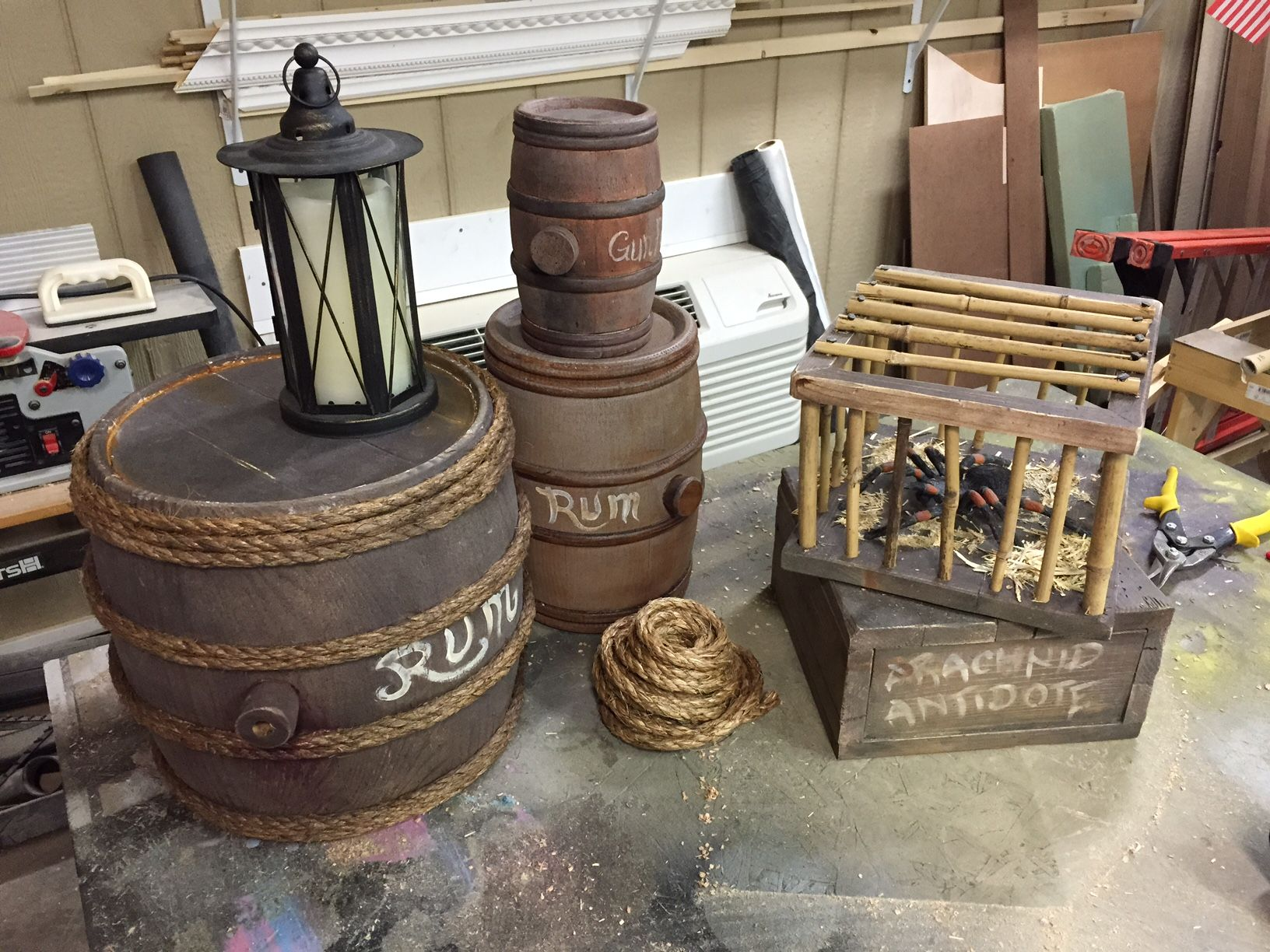 Diy Pirate Barrels With Animatronic Spider Tree Fort Pirate