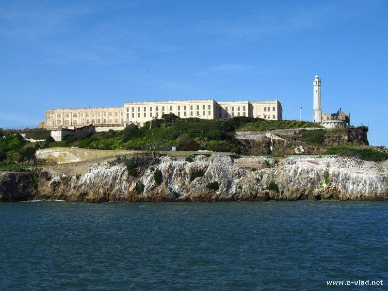 Pretty Amazing Tour Of Alcatraz Island And The Lighthouse While