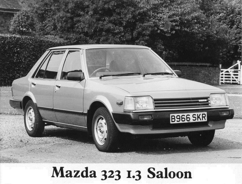 1985 Mazda 323 1 3 Saloon Original Factory Photo Oua1211 Ebay