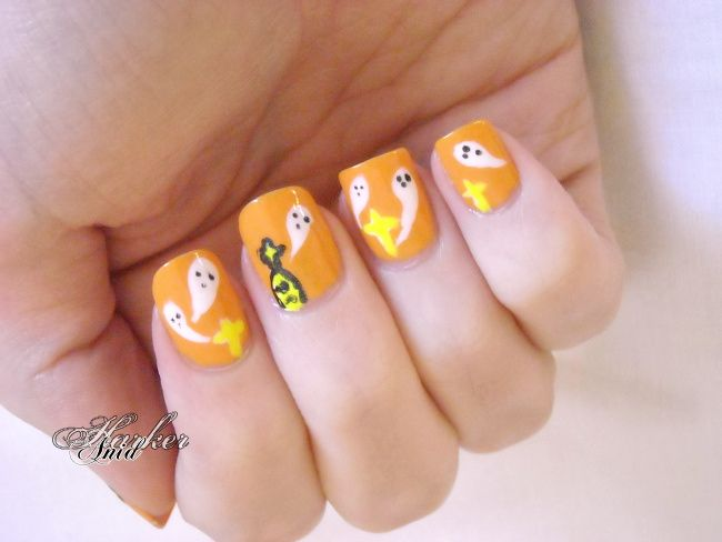 Halloween ghosties 2013 version | Anid Harker on Hearty Nails