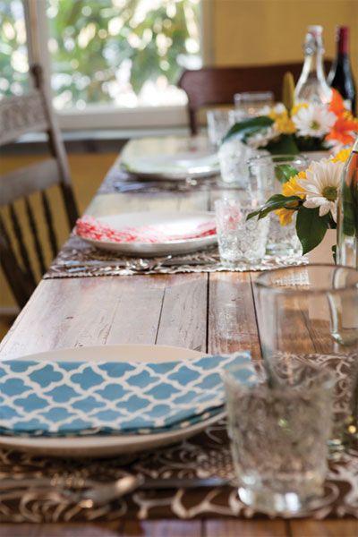 Cloth / Cotton Dinner Napkins & Placemats
