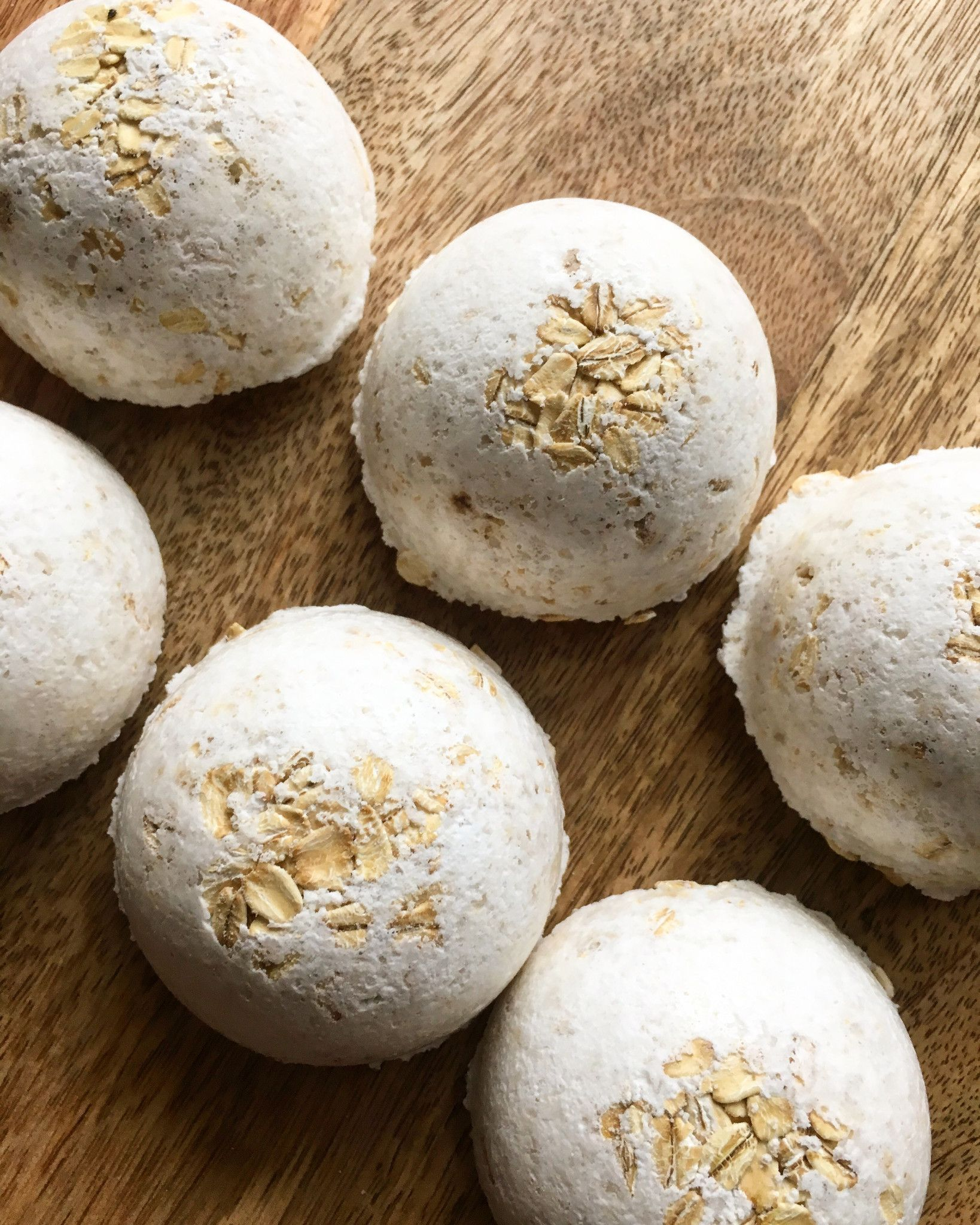 Oatmeal Vanilla Dog Bath Bombs Diy Bath Products Bath Bombs Diy