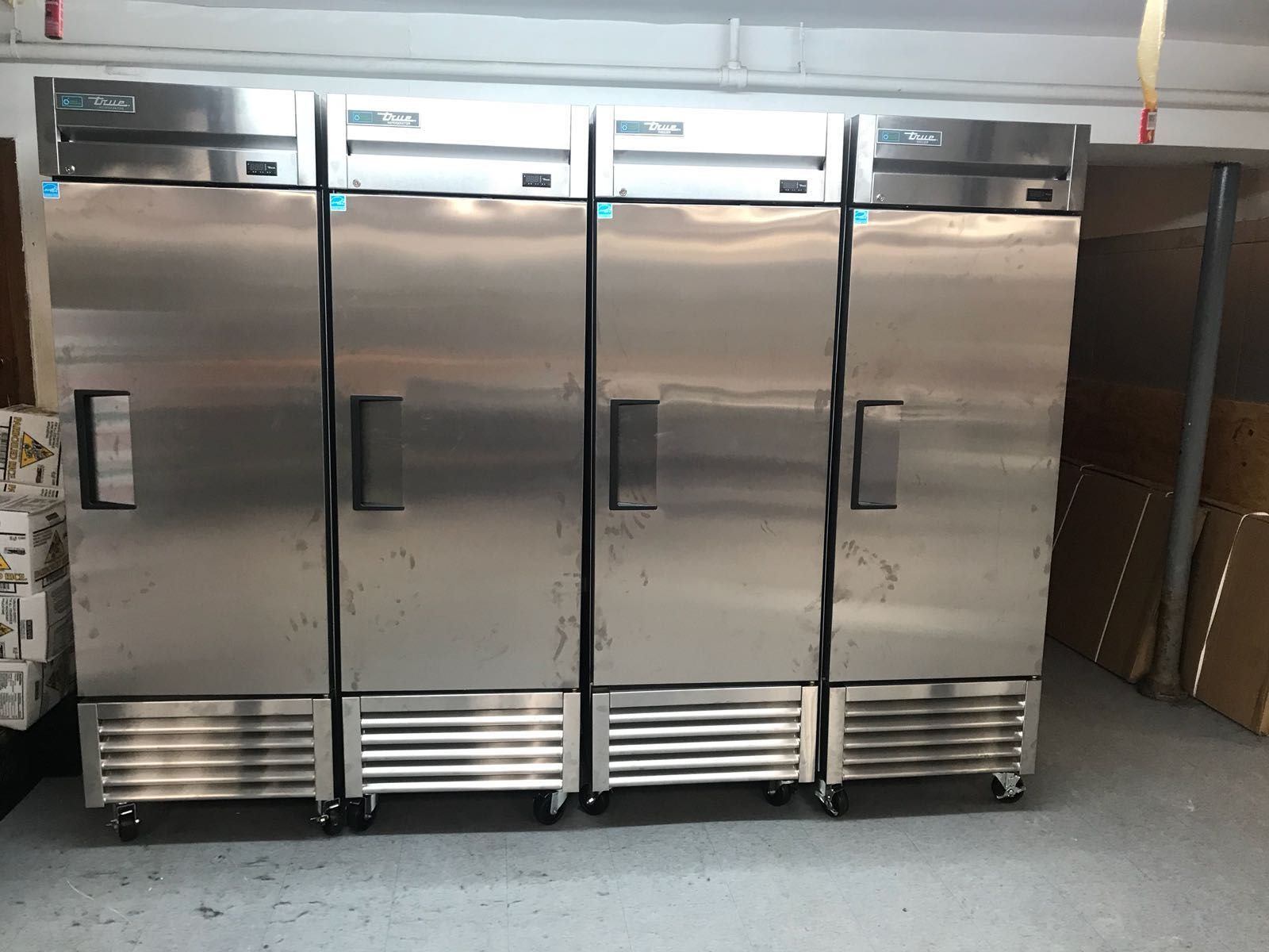 Need Commercial Refrigeration That Will Keep Your Food Cold Or Frozen We Have Plenty Of Commercial Kitchen Design Commercial Kitchen Equipment Walk In Freezer