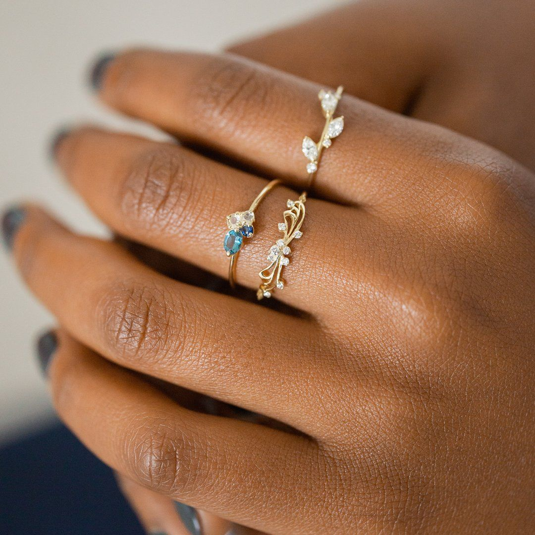 Navy Mini Cluster Ring Flower engagement ring set