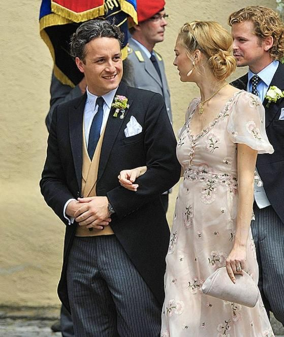 Prinz Harry Schlich Zur Trauung Nach Bayern Hochzeit Mit Heimlichen Hoheiten Hochzeit Trauung Prinz