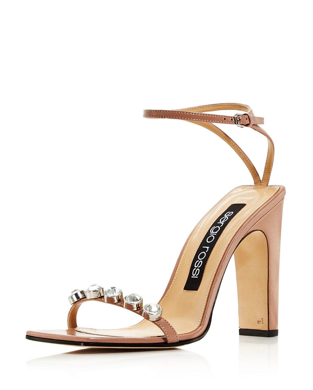 High heel sandals, Heels