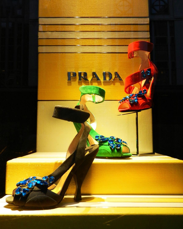 On Fifth Avenue: Prada   5th at 58th