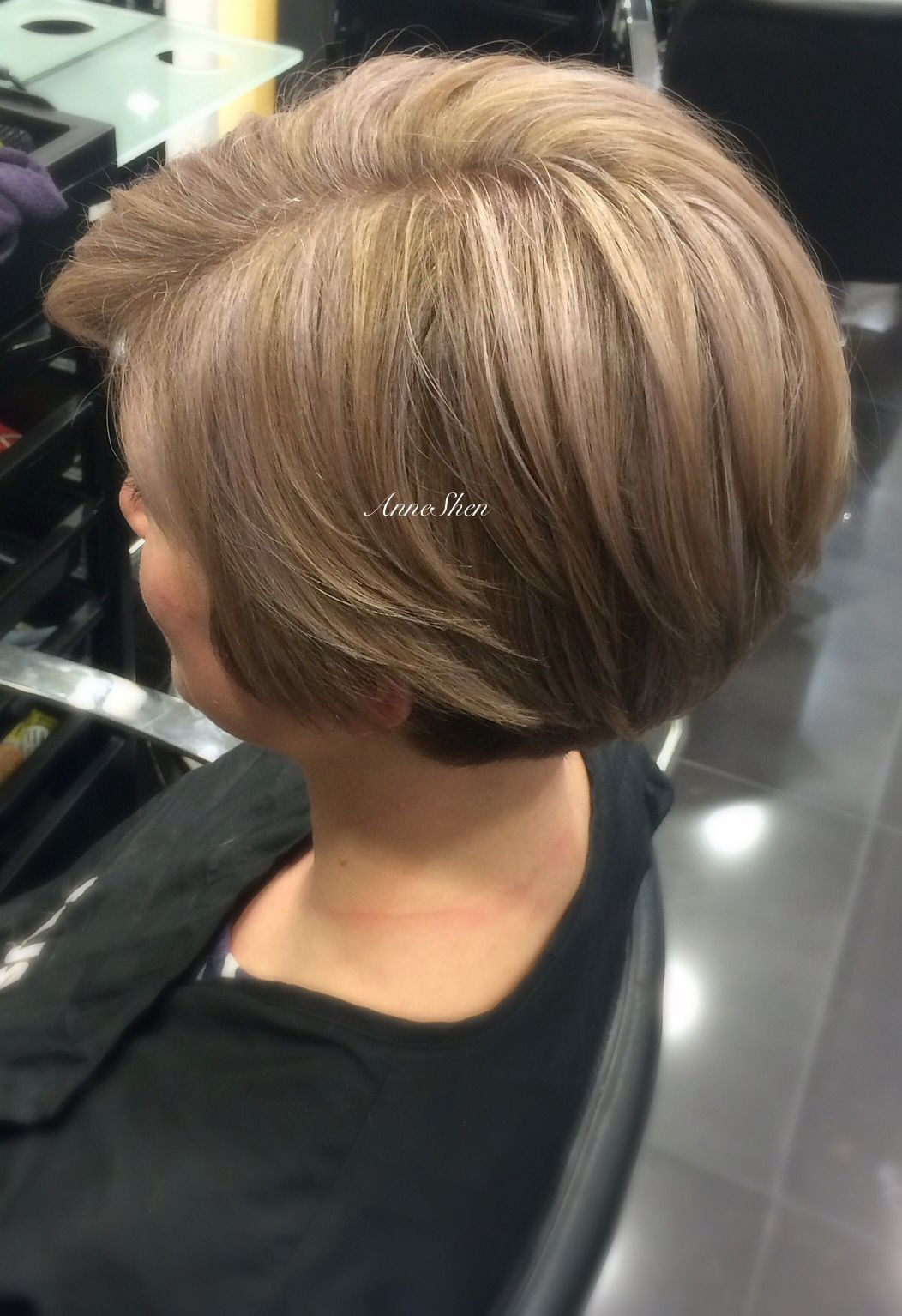 Undercut Hairstyle With Icy Blonde Highlights Icyblonde Blondehair Highlights Shorthair Hairideas Undercut Beautifulhair