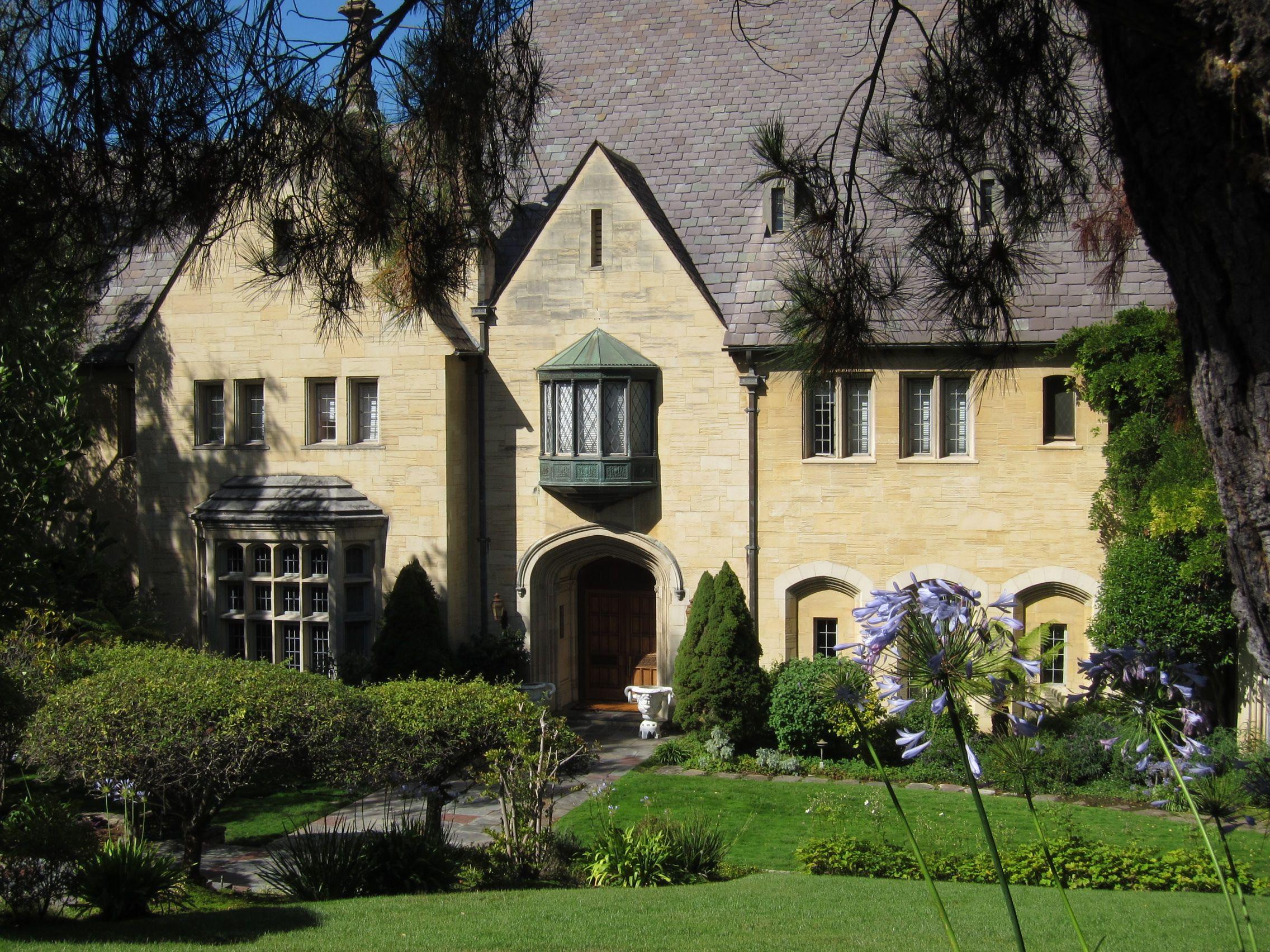 tudor style house   Tudor Style