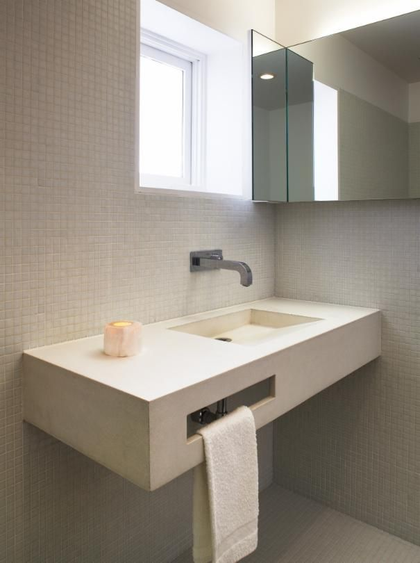 White Bathroom project in Santa Monica, CA by Griffin Enright Architects
