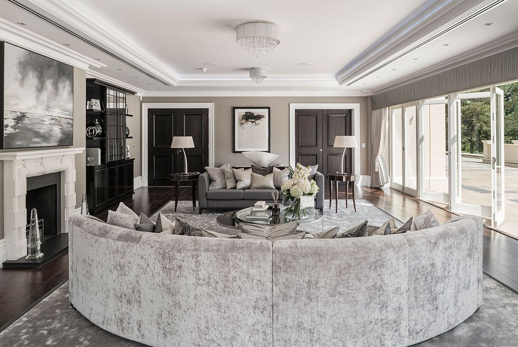 Elegant Classic Contemporary Drawing Room With Curved Sofa In Subtle