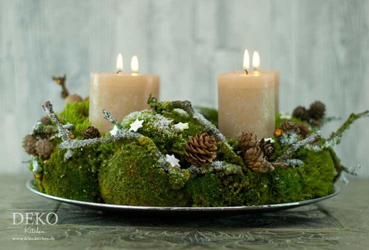 diy adventskranz aus naturmaterial mit moos zweigen. Black Bedroom Furniture Sets. Home Design Ideas