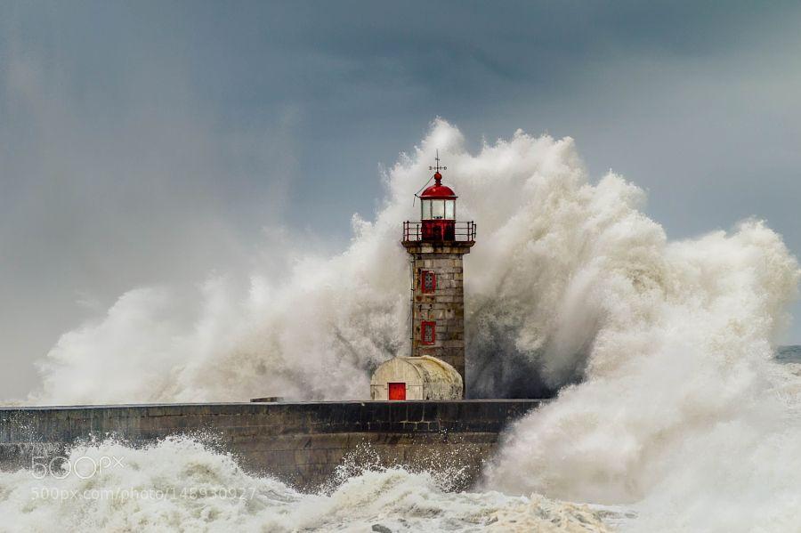 The Tormented Sea - Farol de Felgueiras by nmaia81 via http://ift.tt/1VlpqXz