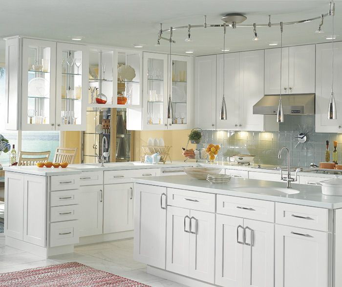 Exceptionnel The Simplicity Of Shaker  Or Mission Inspired Cabinets Goes Coastal,  Blending Easily With