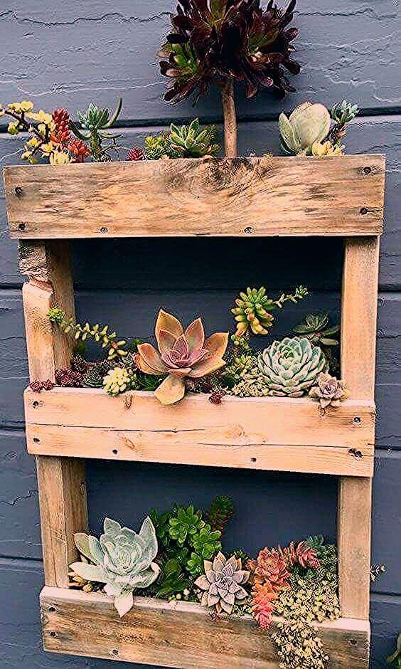 Photo of Sie können Ihre Palettenpflanzgefäße mit hübschen Details wie … – Diygardensproject.live