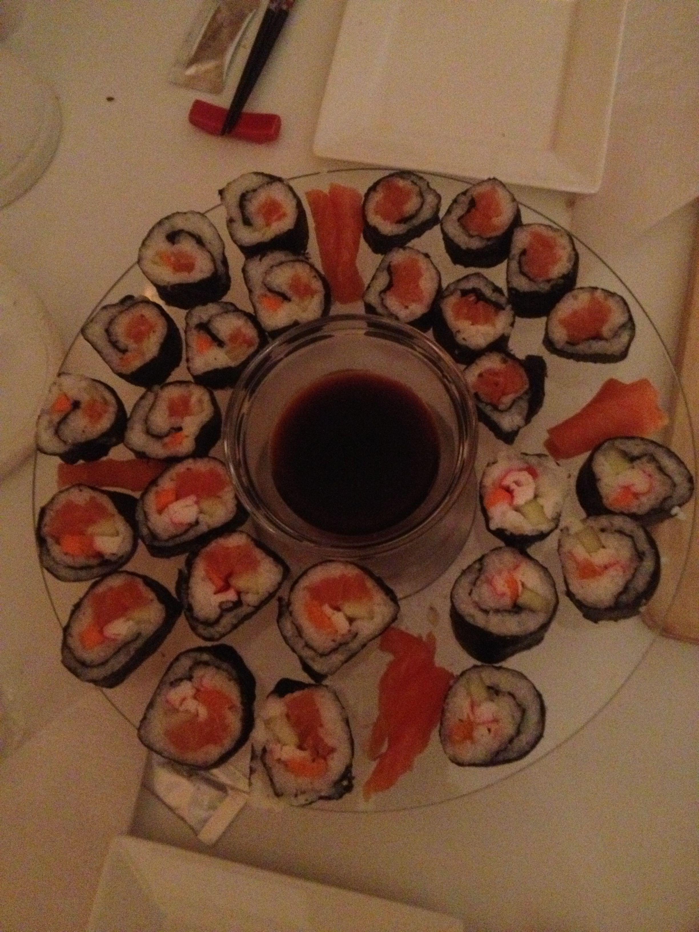 Jawel, voor het eerst samen sushi gemaakt en het was een groot succes!