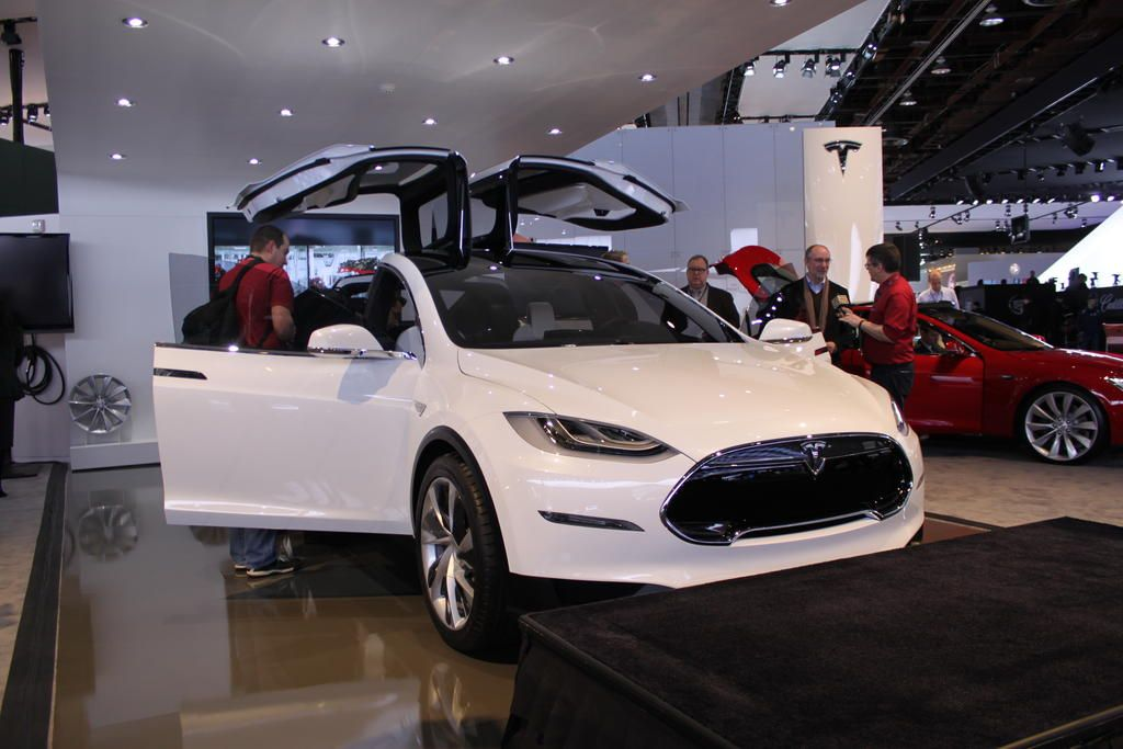 Tesla-Model-X-Detroit (2).JPG