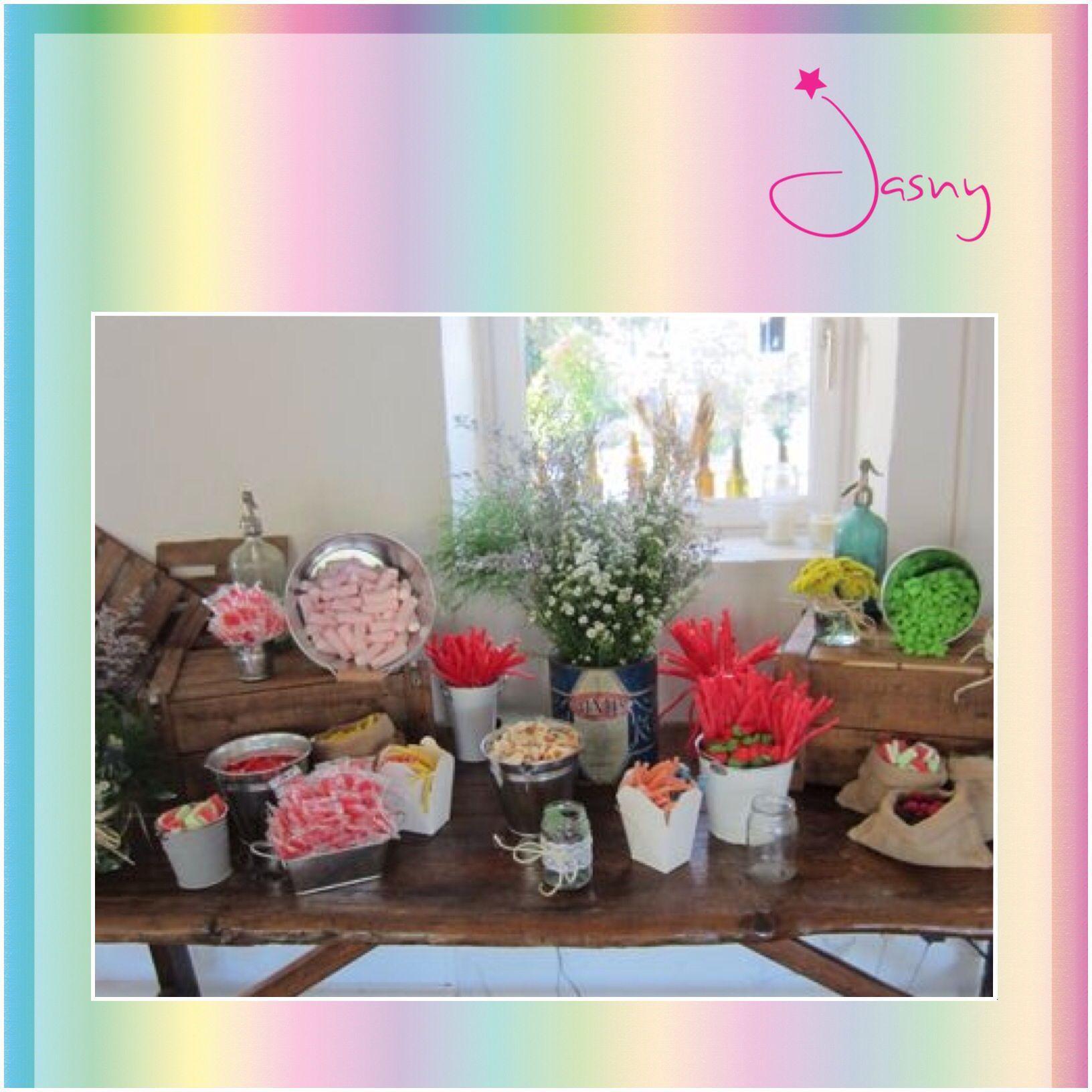Mesa de dulces ! Estilo rústico ! Twitter: @Jasny_Pk ! www.Facebook.com/jasny.pk !*