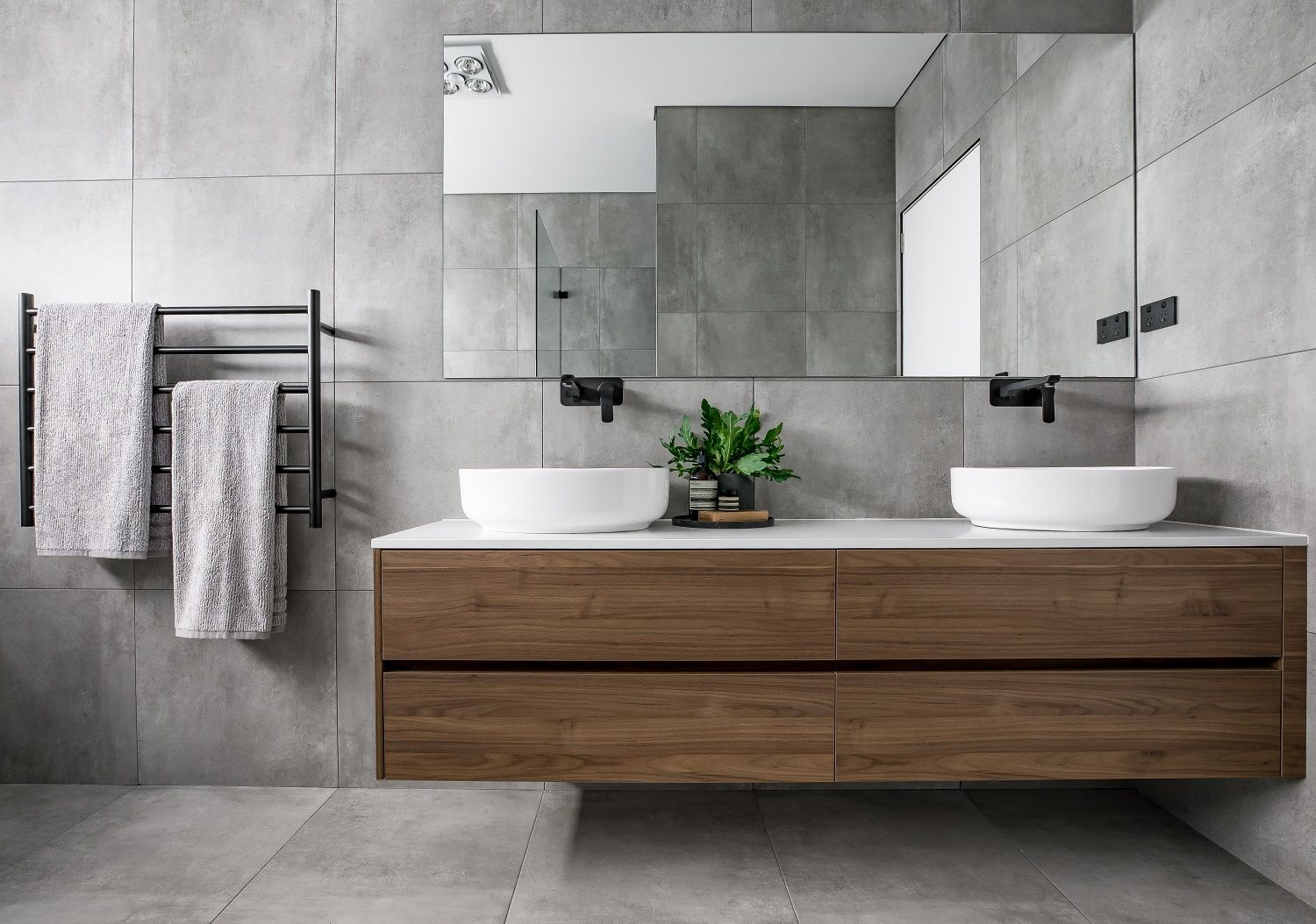 Vicello Kitchens Smartstone Bathroom Vanity Top In Nieve White Discover The Beauty Of Quartz At Smartstone Com Au Sma In 2020 With Images Grey Bathroom Tiles Bathroom Interior