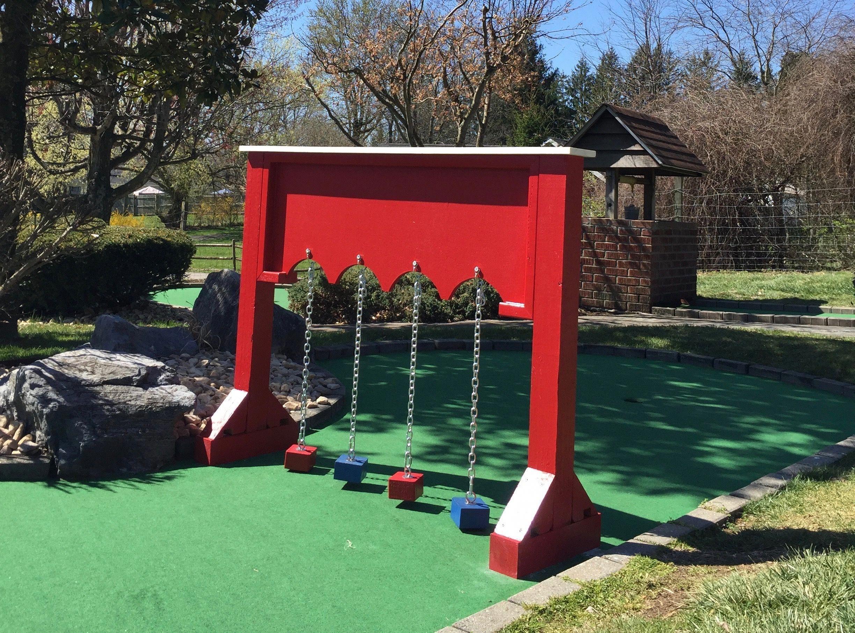 Scale this down minigolfnearme Miniature golf course