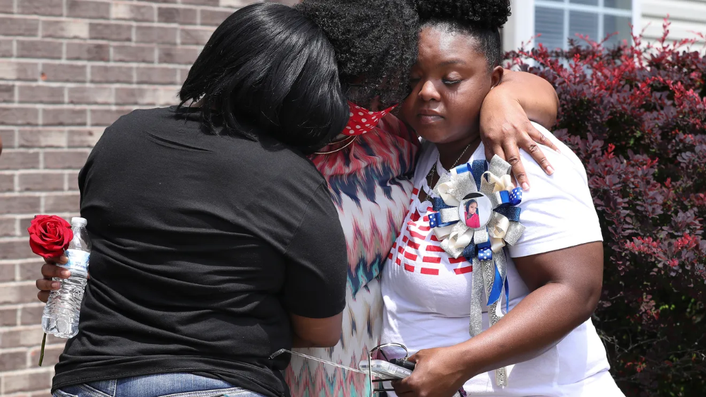 Breonna Taylor Lay Untouched For 20 Minutes After Being Shot Records In 2020 Police Chief Women In History Incident Report