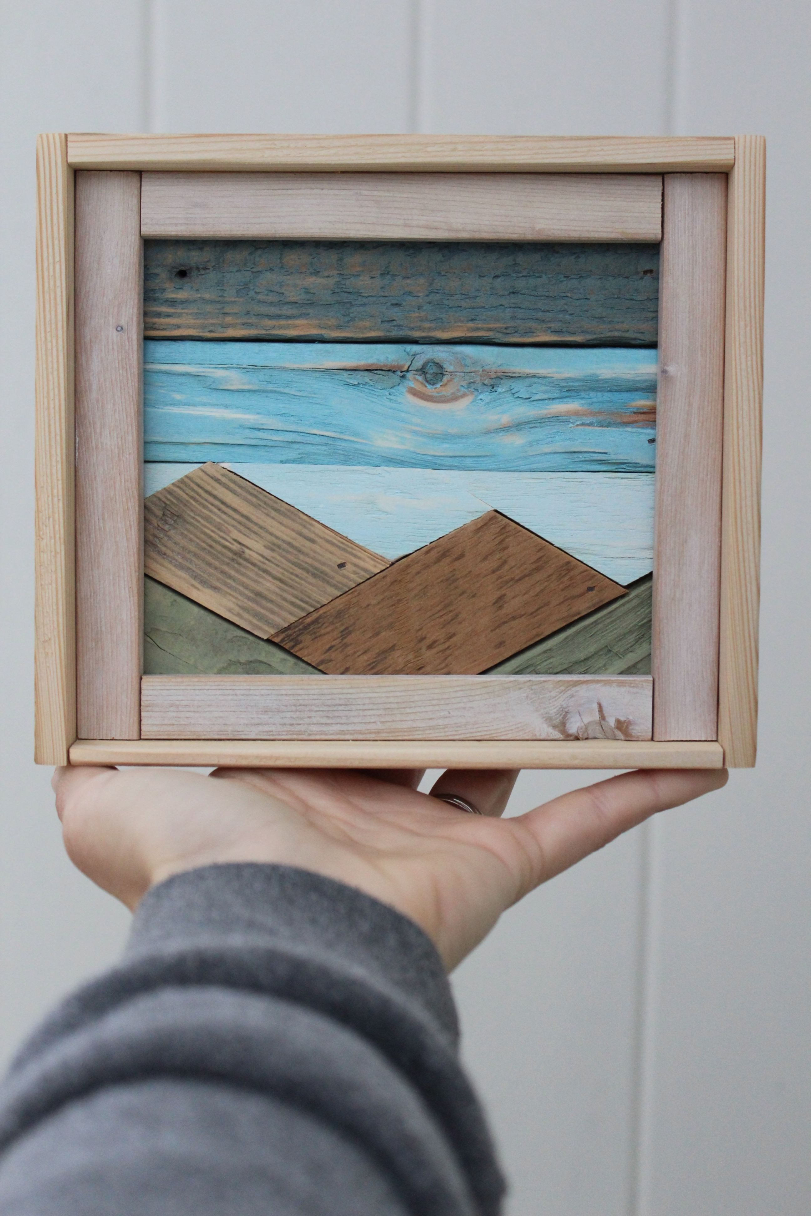 Reclaimed Wood Mountain Art #reclaimedwoodwallart