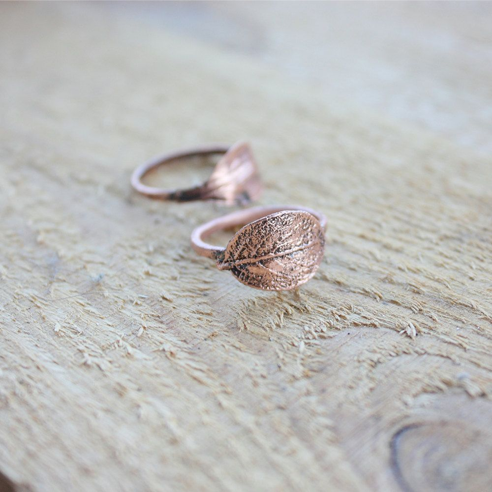 Delicate and simple rings, perfectly fit for everyday wear. Made of ...