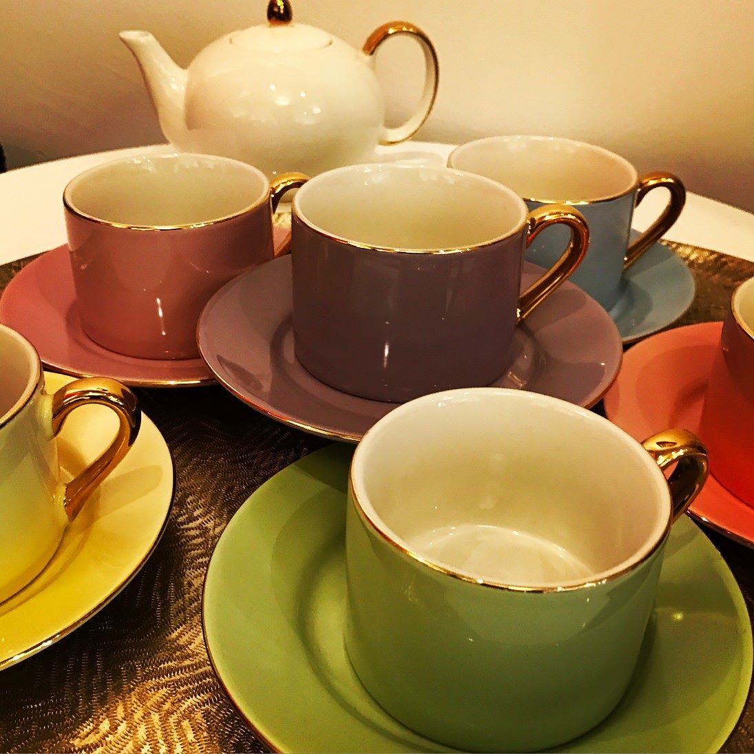 Add some colour to your kitchen with a classic coffee