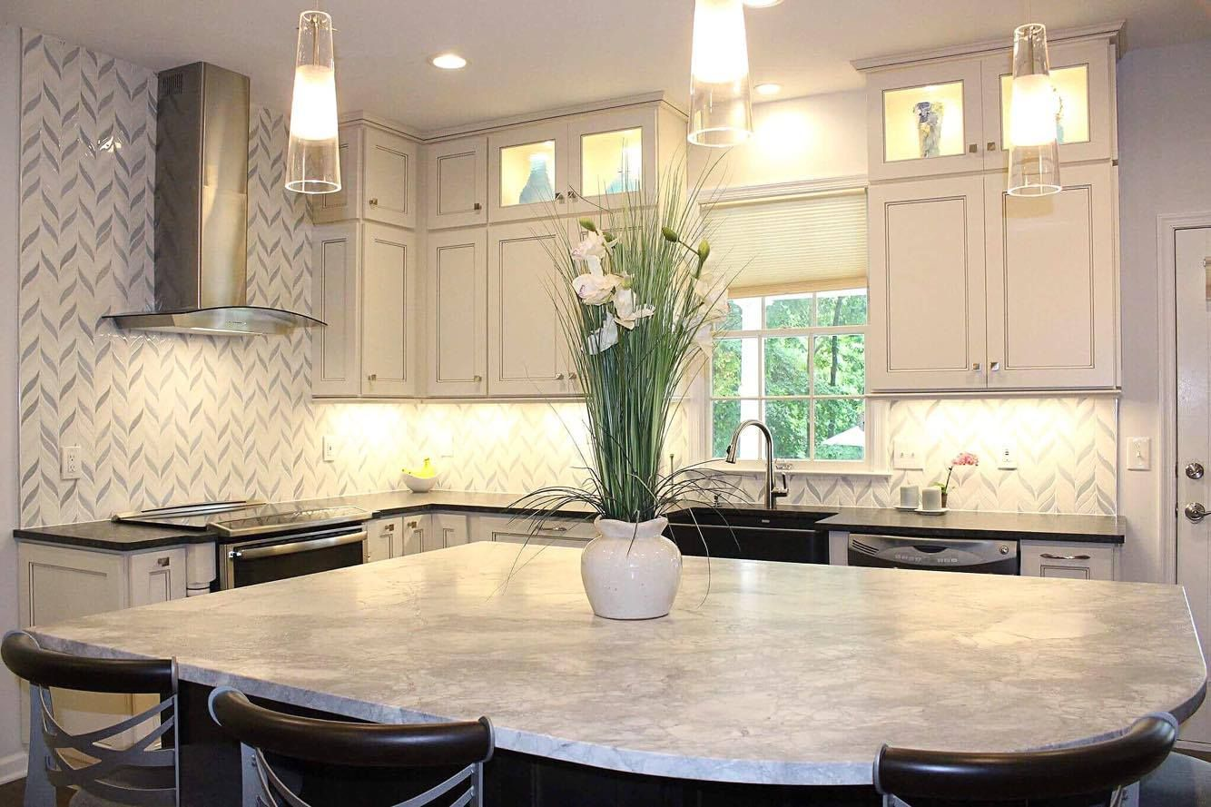 Brilliant Transitional Kitchen Remodel   EA Kitchen Design Portfolio     Brilliant Transitional Kitchen Remodel