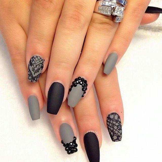 Uñas grises con negro   Uñas   Pinterest   Uñas grises, Gris y Negro