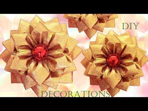 Haz Muy Fácil En Pocos Minutos Decoraciones Moños Y Regalos Para Navidad Youtube Tutorial Flor Hecha Con Cinta Arcos De Navidad Moños Para Regalo