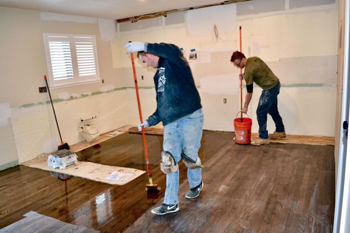 Wood Floor Proz Applying Poly Wood Floors Flooring Refinishing Hardwood Floors