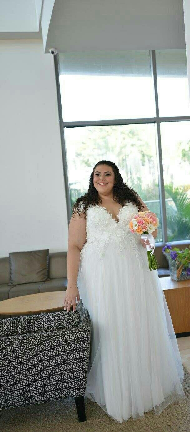 Plus size party dresses for weddings  Plus size wedding dress with d flower lace and off shoulder sleeves