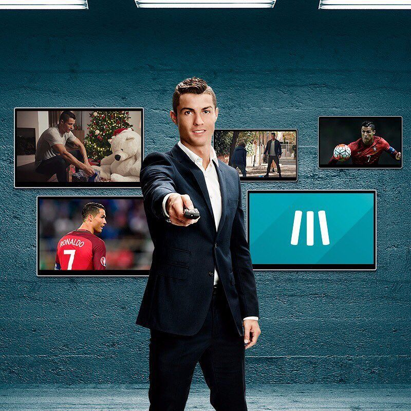 Hasil gambar untuk footballer with tuxedo