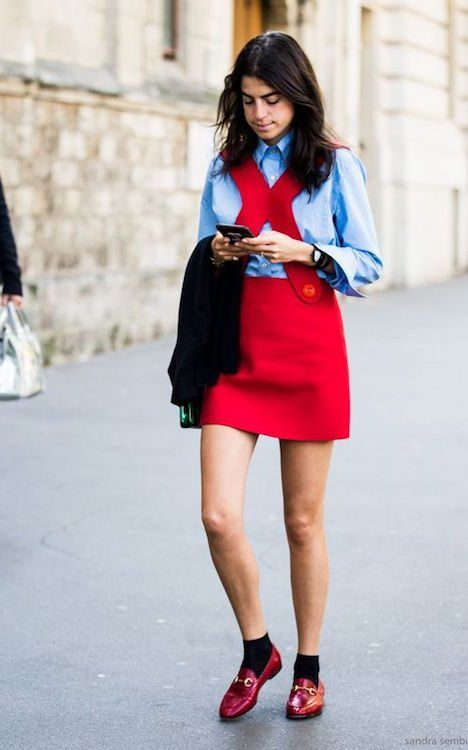 4cf5532b8a5 leandra medine mocassins gucci rouge robe rouge street style look ...