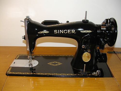 Singer Sewing Machines Older Models | Singer Vinage Sewing Machine Model #15-91 After Cleaning