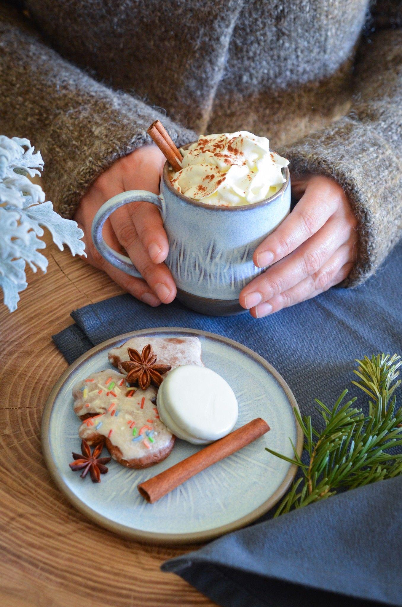 Handmade ceramics in wintermood by Gosha Ceramics. #pottery #poterie #clay #claylove #handmade #handmadeceramics #ceramics #ceramiclove #céramique #instapottery #ilovepottery #coffemug #gosha_ceramics #tableware #coffelover #homedecor #orginalgift #interiordesign #giftsidea #giftforher #coffe #cafe #tasse #Noël #christmasmood #tealover #wheelthrownpottery #blue #wheelthrownceramics #kitchenware #funcionalpottery #slowliving #amateurdethé #amateurdecafé