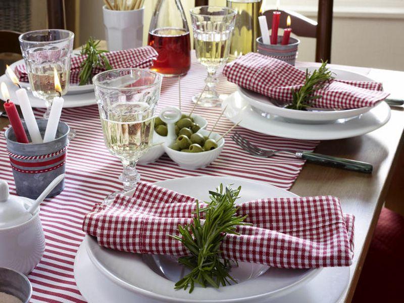 Italienische Party | A Red Geranium Cottage.. | Pinterest | Table ...