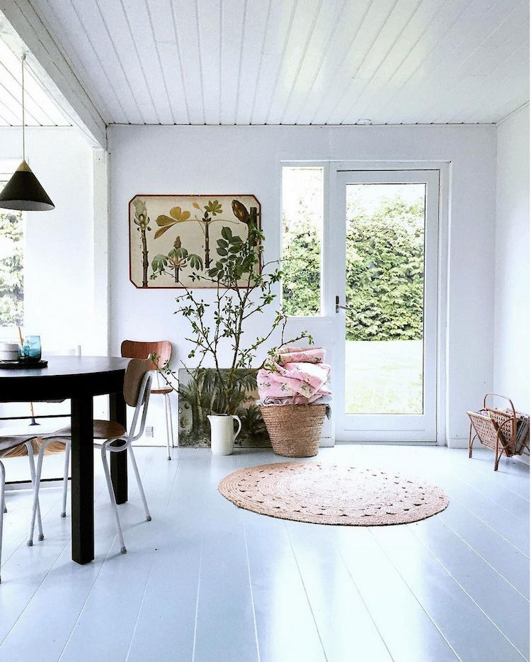 Danish Summer House Design: A Charming Danish Summer Cottage On The Island Of Fejø
