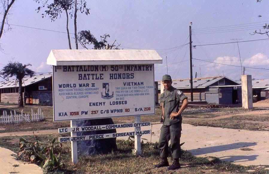 Bill Bontemps? Camp Radcliff (An Khe   VIETNAM   Vietnam ... on michelin rubber plantation vietnam map, rung sat special zone vietnam map, batangan peninsula vietnam map, bien hoa air base vietnam map, chu lai vietnam map, binh dinh province vietnam map, hill 55 vietnam map, khe sahn vietnam map, bong son vietnam map, tuy hoa air base vietnam map, china beach vietnam map, an khe vietnam map, iron triangle vietnam map,