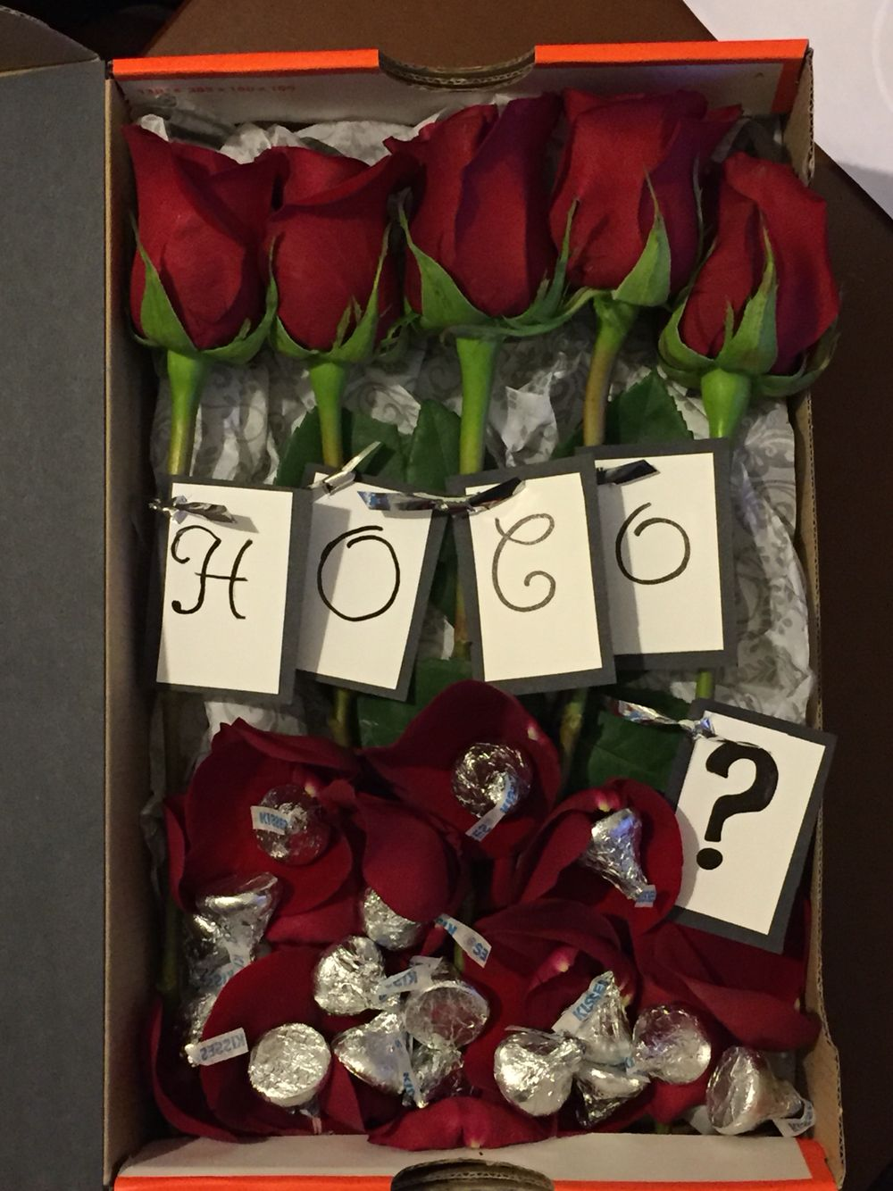 30+ Creative Prom Proposal Ideas for Guys - Cute Promposal ... |Creative Prom Proposal Ideas