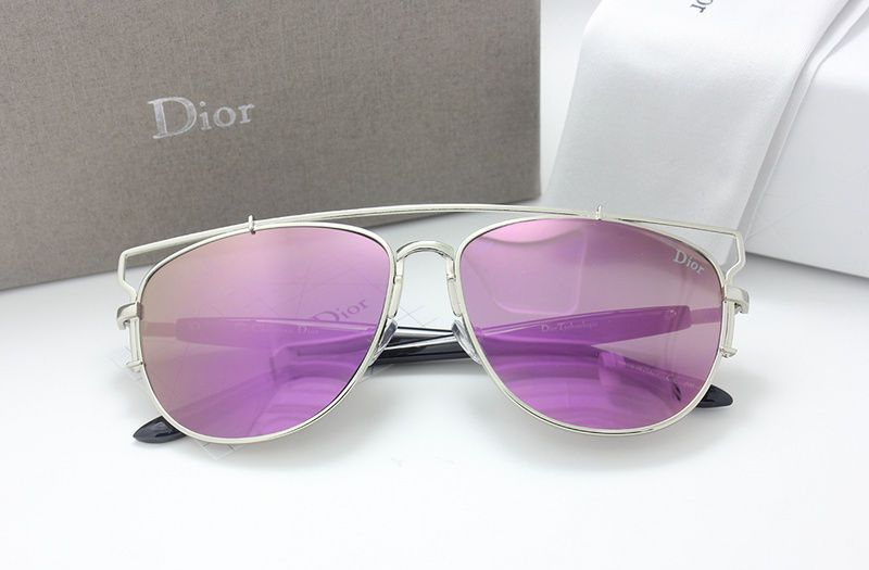Sunglasses for women fashion eyewear Comes the with logo and Original Packages