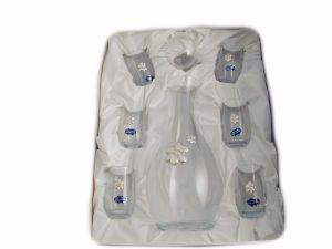 Adorabile idea regalo composto da bicchierini da liquore con applicazione in argento bilaminato..